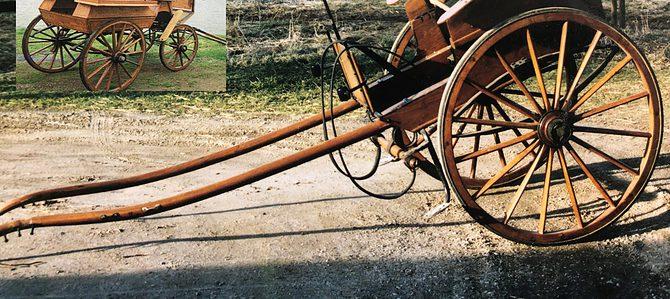 Åtta stycken vagnar från litet vagnmuseum